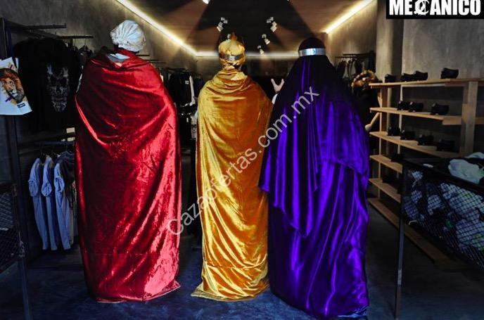 Venta de Día de Reyes Mecánico Jeans  Toda la tienda a mitad de precio y  playeras desde  99 el domingo 6 de enero 659e7529618e2